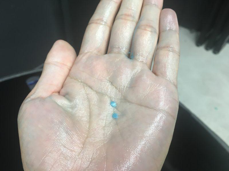 ワックスを手で溶かした後